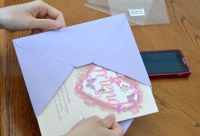 手書きのカードや手紙